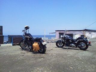 バイク海2台.JPG